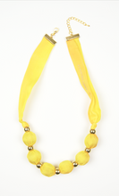 Load image into Gallery viewer, Buttercup necklace