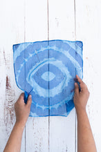 Load image into Gallery viewer, Spiral Waves pocket square 32cm