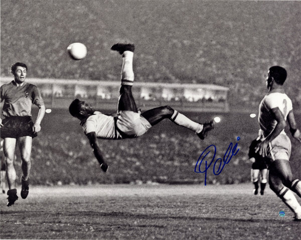 "Pele Signed 1965 Bicycle Kick Black and White 16"" x 20"" Photo"