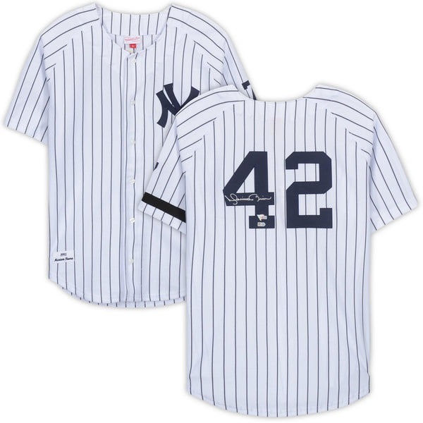 wholesale dealer a3d91 886d6 Mariano Rivera New York Yankees Autographed White Mitchell & Ness Jersey
