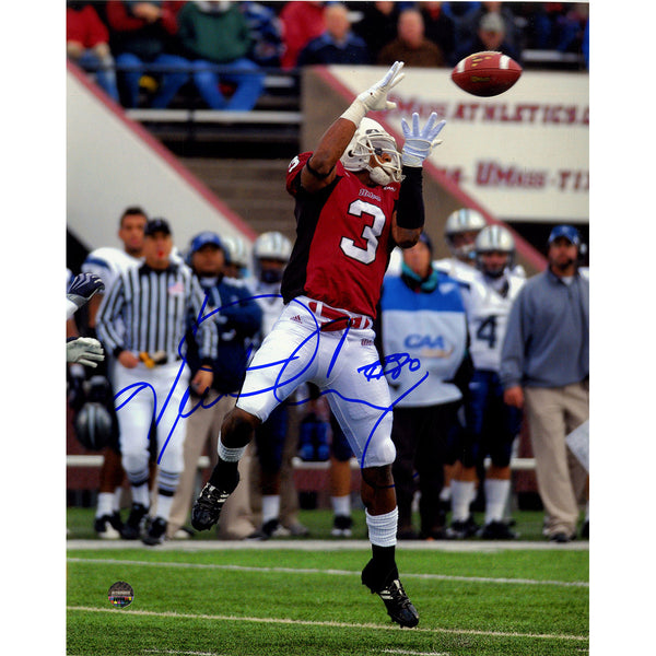 404595854 Victor Cruz signed UMASS Jumping Catch Vertical 8x10 Photo – Steiner Sports
