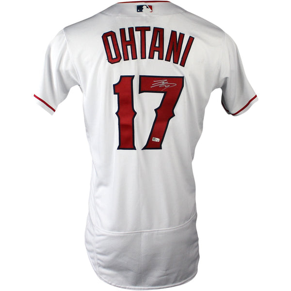 cheap for discount 8ab43 7433b Shohei Ohtani Signed Los Angeles Angels of Anaheim 2018 Authentic White  Jersey (MLB Authenticated) (Silver Signature)