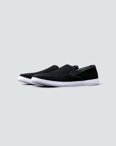 Travis Mathew - RUSSELLS Slip On Shoes Black