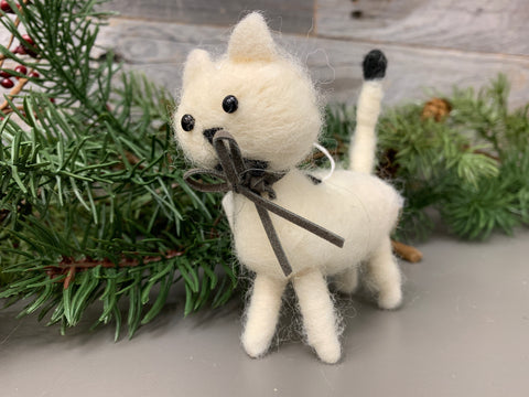 Wool Cat Ornaments