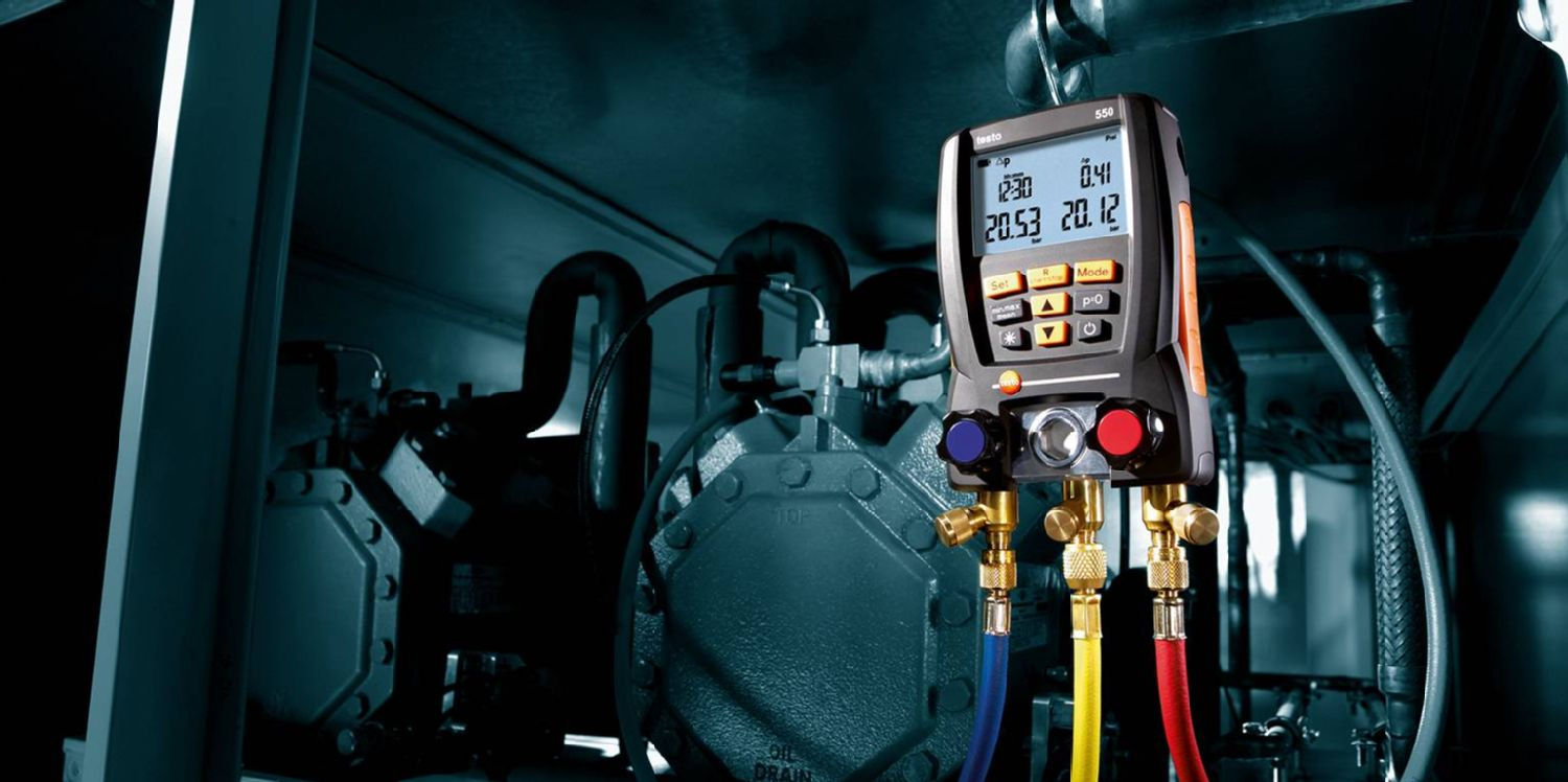 What's the difference between a vacuum gauge and a pressure gauge?