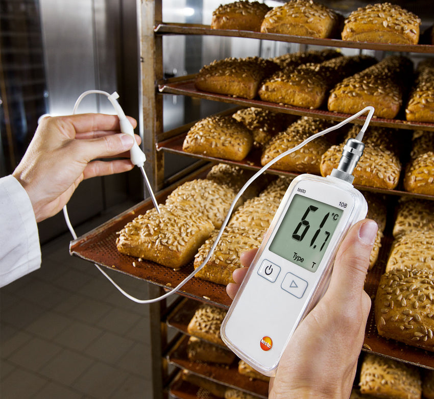 Testo 108-2 Waterproof Digital Food Thermometer with Lockable Probe
