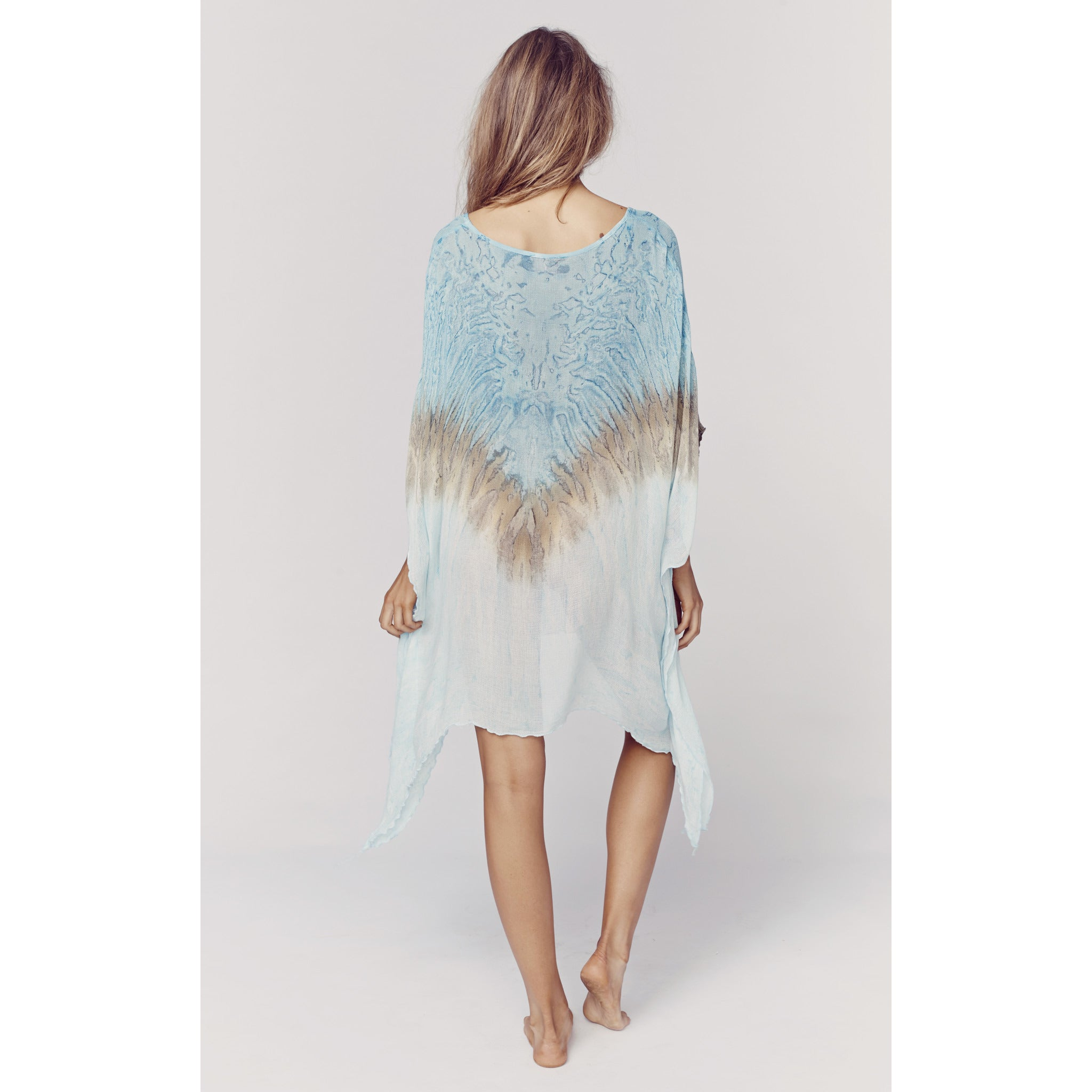 Neck Cape in Cool Blue Coral Reef