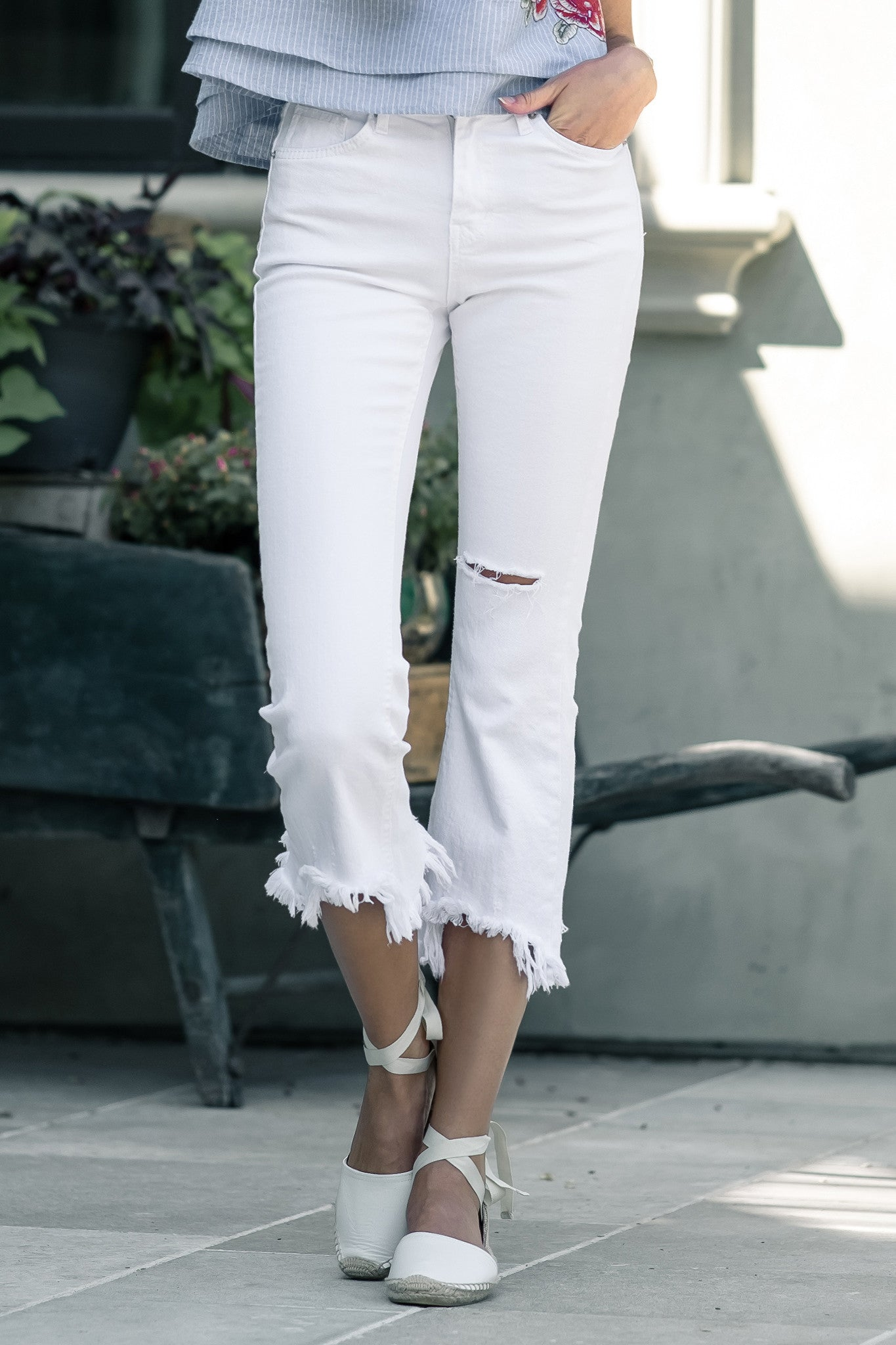 Cut Off Denim in White