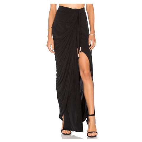 Echoes of Love Maxi Skirt in Noir