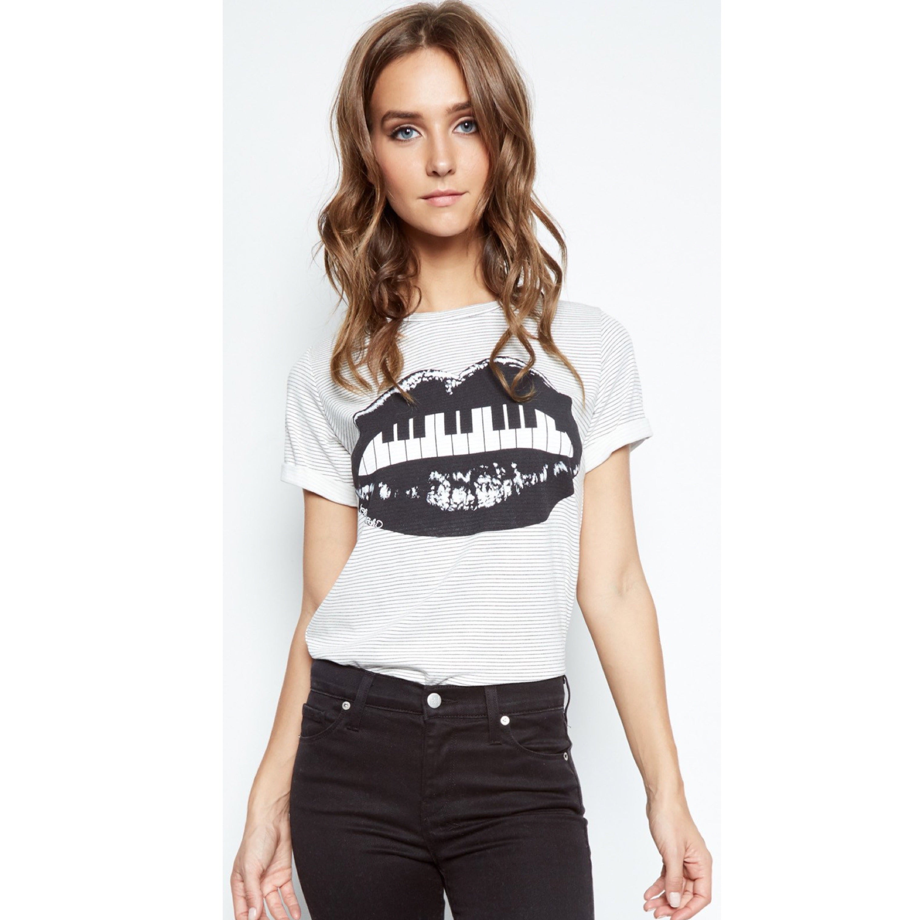 Limp Short Sleeve Piano Mouth Stripes Tee in White/Black