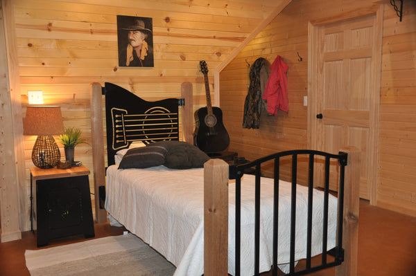 """Clasic Guitar"" Rustic Twin Bed"