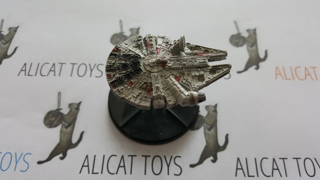 Star Wars Starship Battles 07/60 Millenium Falcon