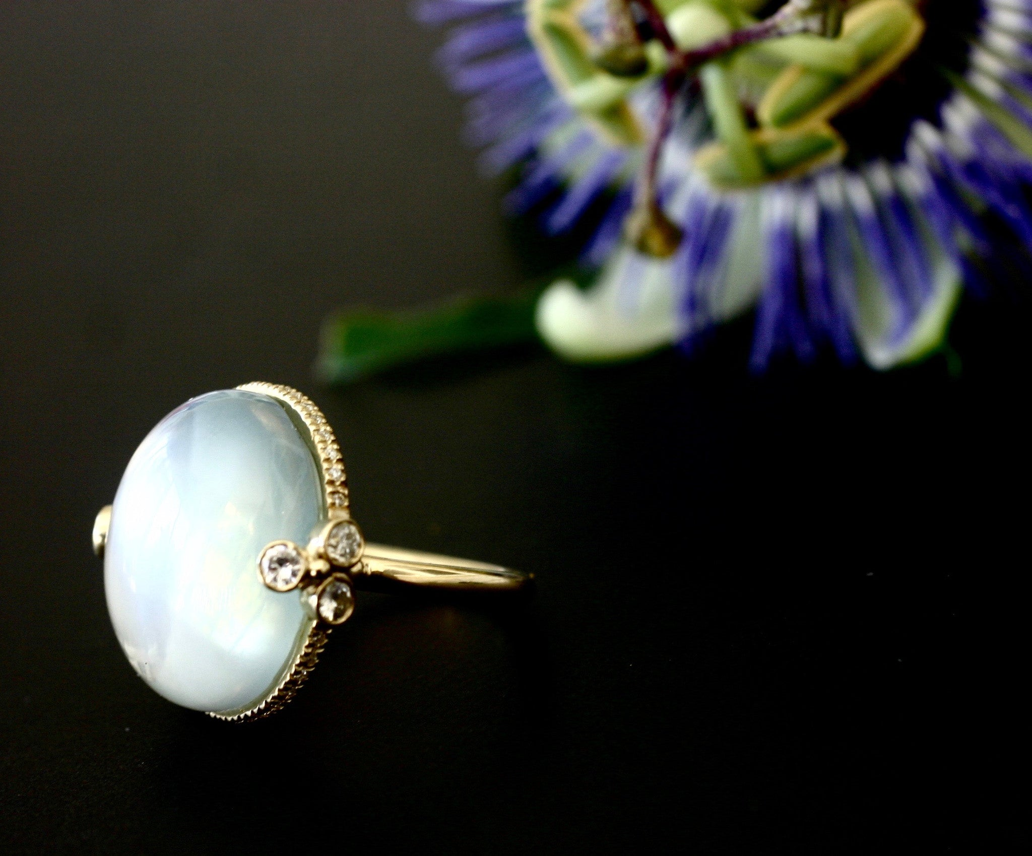 18k Royal Gold ring with Green Moonstone and Diamond