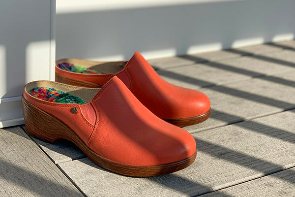 Sereniti Aged Poppy wedge heel clog, Coming soon to Alegria SS21 Collection