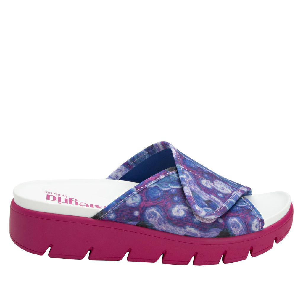 Airie Such A Monet Multi sandal with Dreamfit technology and heritage sport footbed - AIR-267_S2