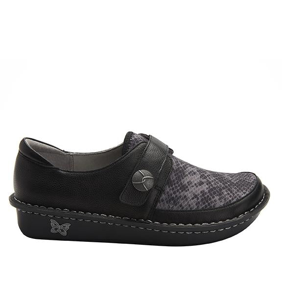 Brenna Snake Shoe with Dream Fit technology paired with mini outsole - BRE-7829_S2