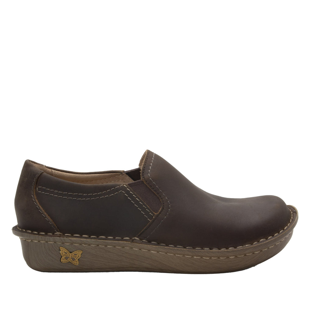 Brook Oiled Brown slip-on shoe on mini outsole, with double elastic gore for ease of wear - BRO-7714_S2