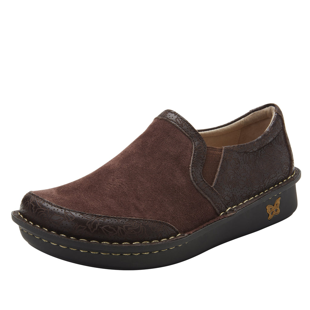 Brook Cocoa Impressions slip-on shoe on mini outsole, with double elastic gore for ease of wear - BRO-7824_S1