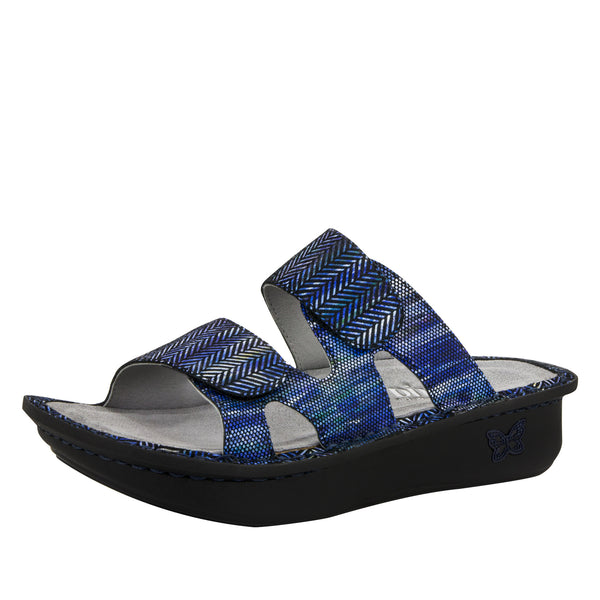 Camille Wavy Navy Sandal