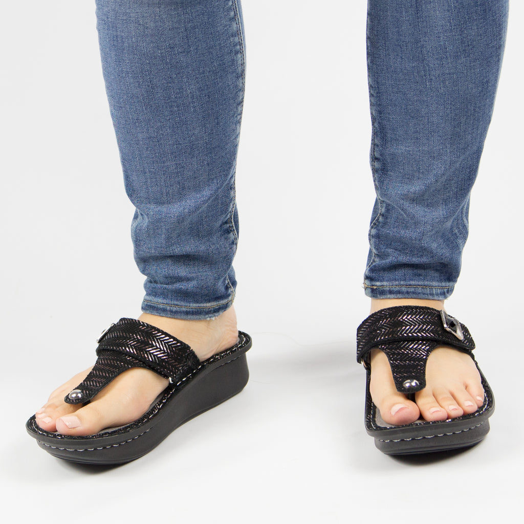 Carina Chained Black thong style sandal on the Classic rocker outsole - CAR-255_S6 (247641440282)