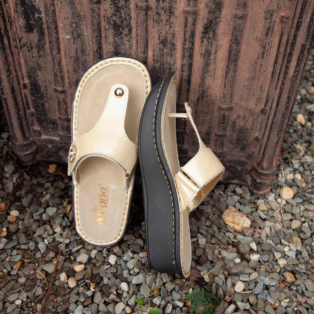 Carina Brooch thong style sandal on the Classic rocker outsole - CAR-7705_S2