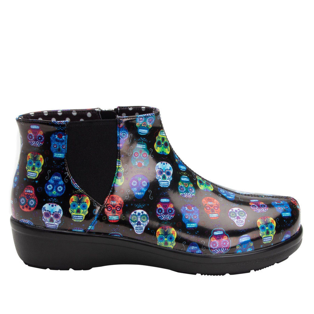 Climatease weather resistant Sugar Skulls Boot with trim comfort outsole. CLI-484_S2