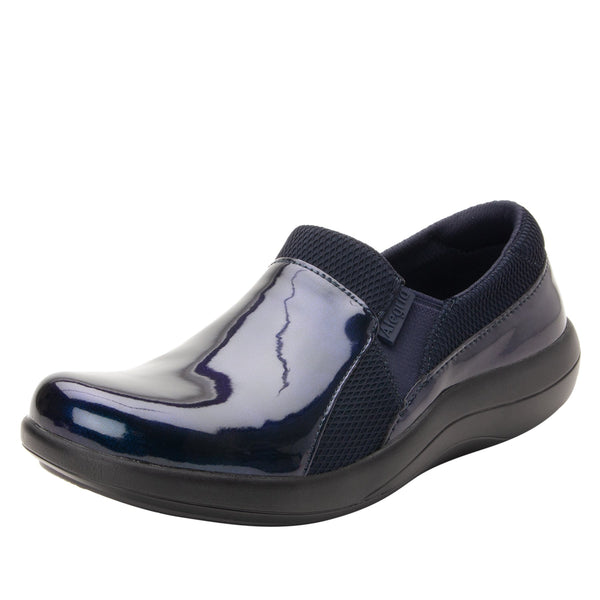 Duette True Blue sport rocker professional shoe with dual density polyurethane outsole. DUE-127_S1