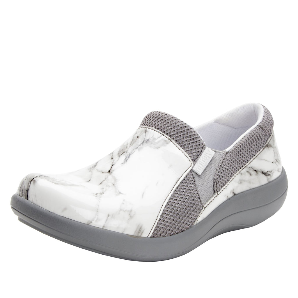 Duette Marbleized sport rocker professional shoe with dual density polyurethane outsole. DUE-160_S1