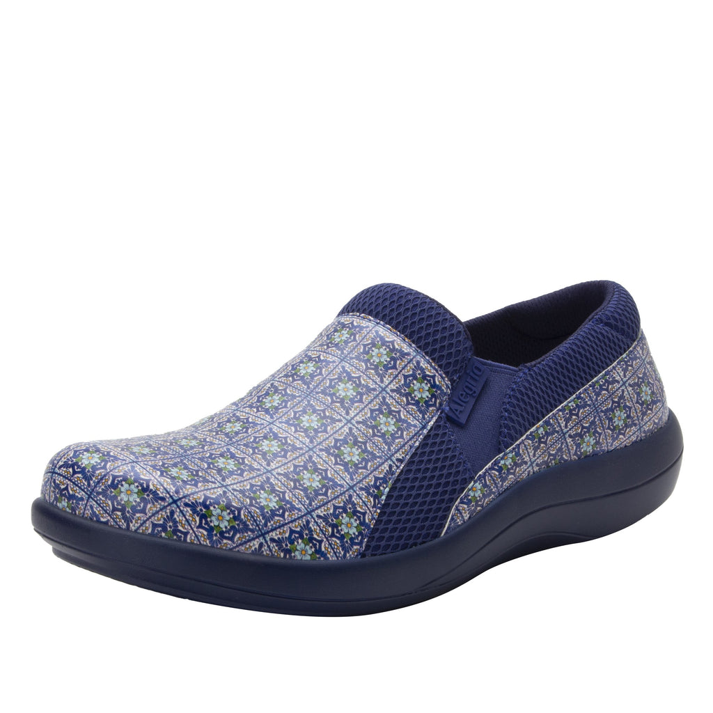 Duette Aztec Tile sport rocker professional shoe with lightweight responsive polyurethane outsole. DUE-7724_S1