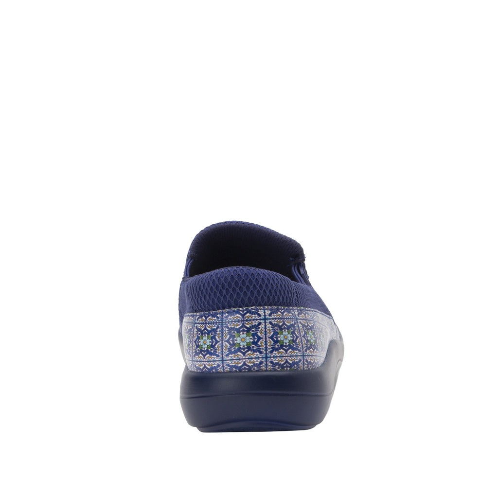 Duette Aztec Tile sport rocker professional shoe with lightweight responsive polyurethane outsole. DUE-7724_S3