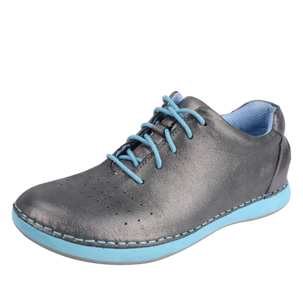 Essence Pewter Easy Shoe