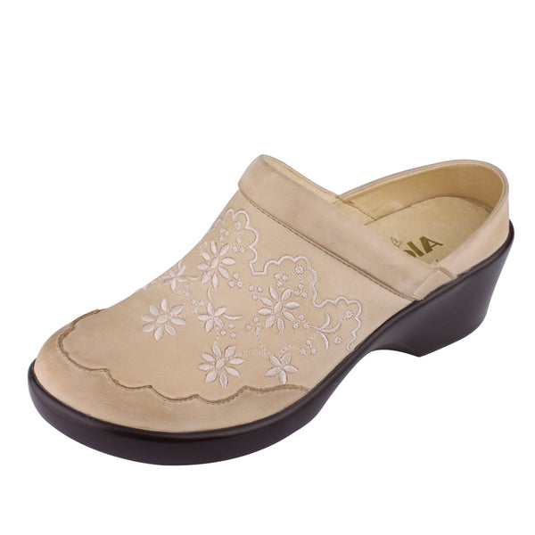 Isabelle Cream Shoe - Alegria Shoes