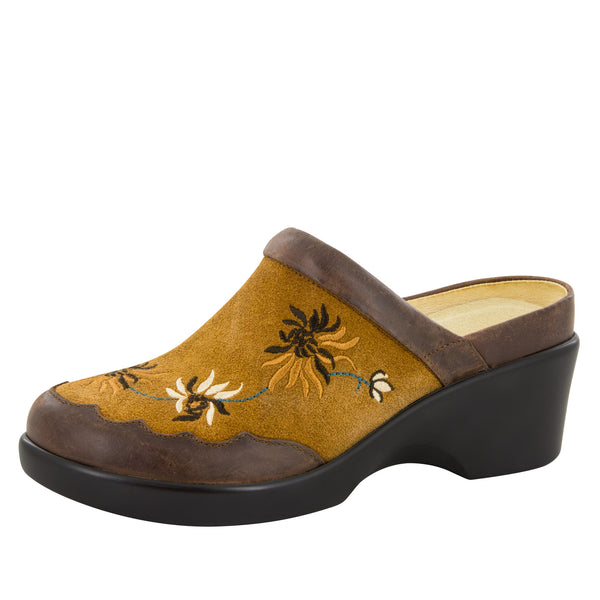 Isabelle Embroidery Tan Shoe - Alegria Shoes - 1
