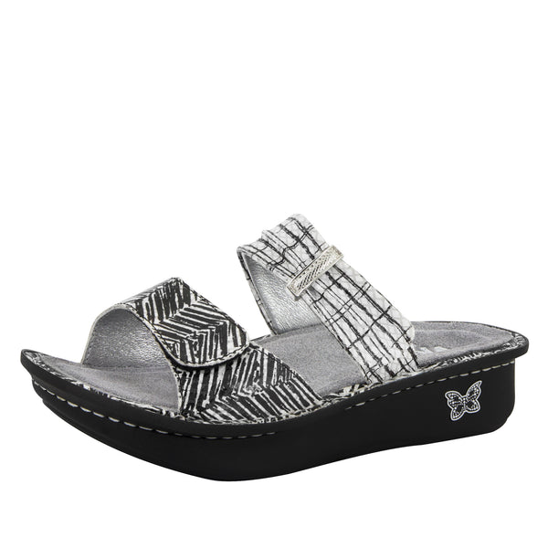 Karmen Unity Black & White Sandal - Alegria Shoes - 1