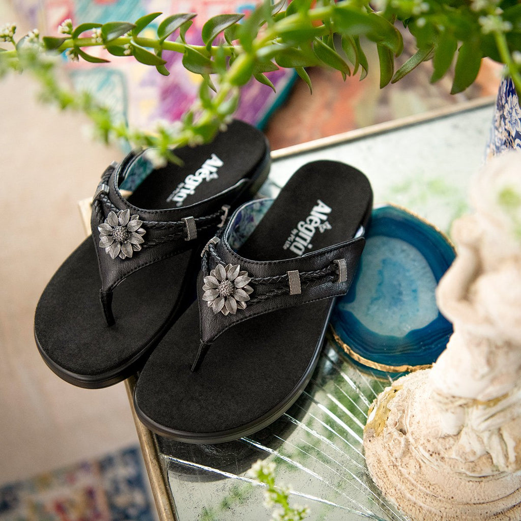 Layah Black Comfort Flat thong sandal with adjustable hook and loop closure and featherweight slip-resistance - LAY-601_S2