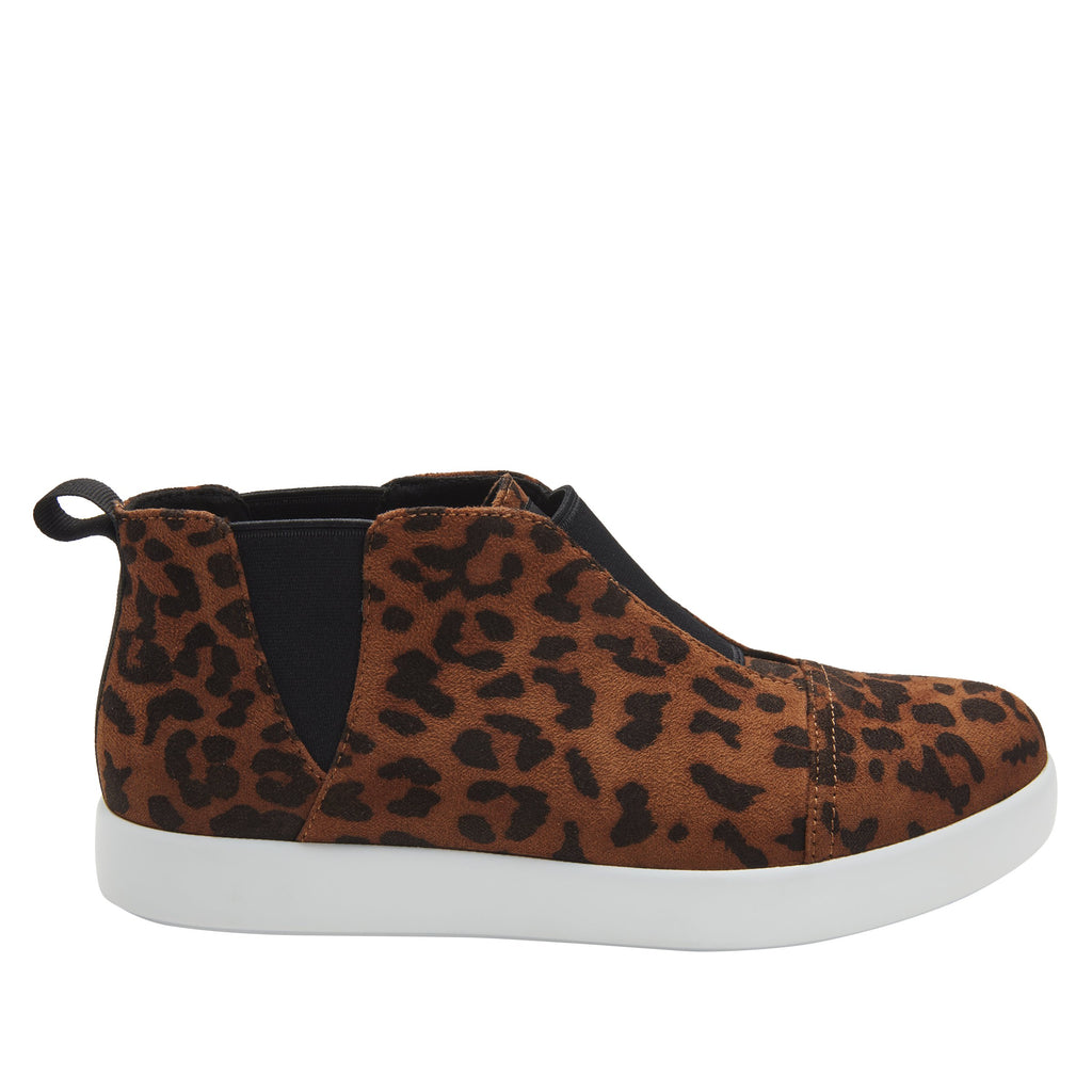 Parker Leopard slip-on bootie on the Comfort Athleisure outsole, a fashionable choice for your outfit of the day.  PAR-7903_S2