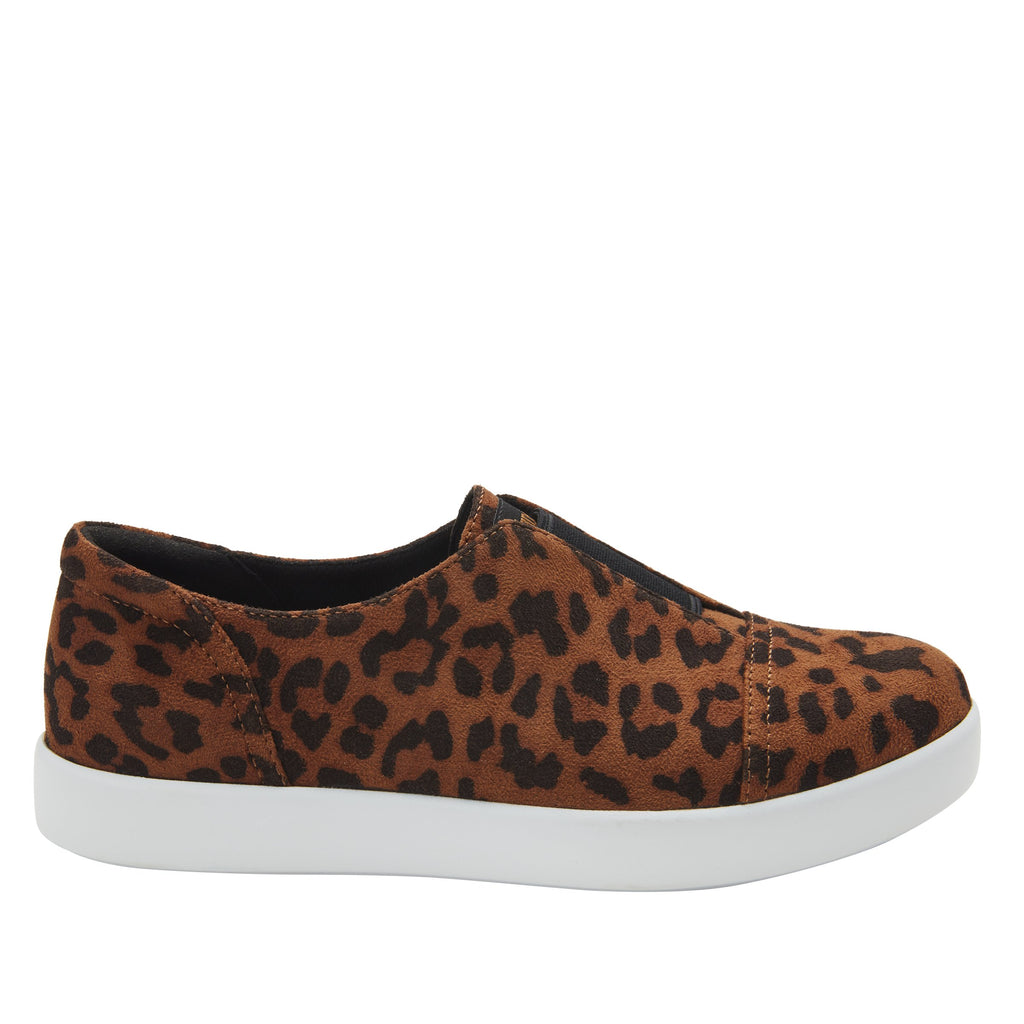 Posy Leopard slip-on shoe  on the Comfort Athleisure outsole, a fashionable choice for your outfit of the day.  POS-7903_S2