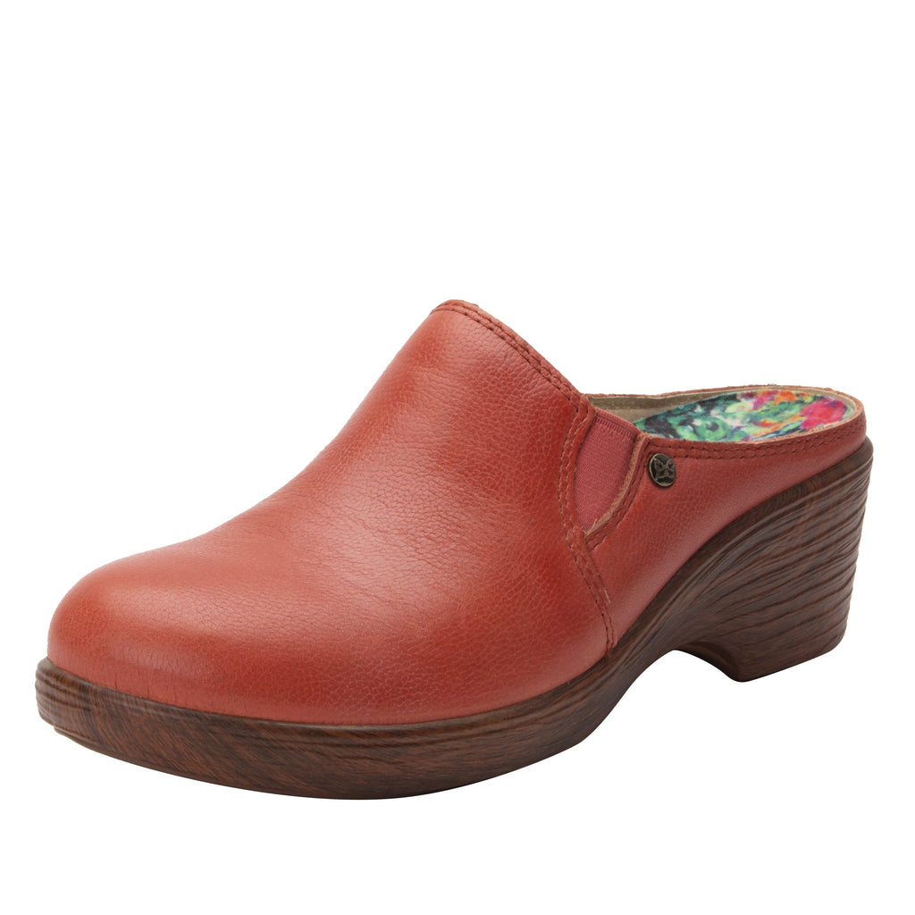 Serenity Aged Poppy clog on a wood look wedge outsole - SER-7737_S1