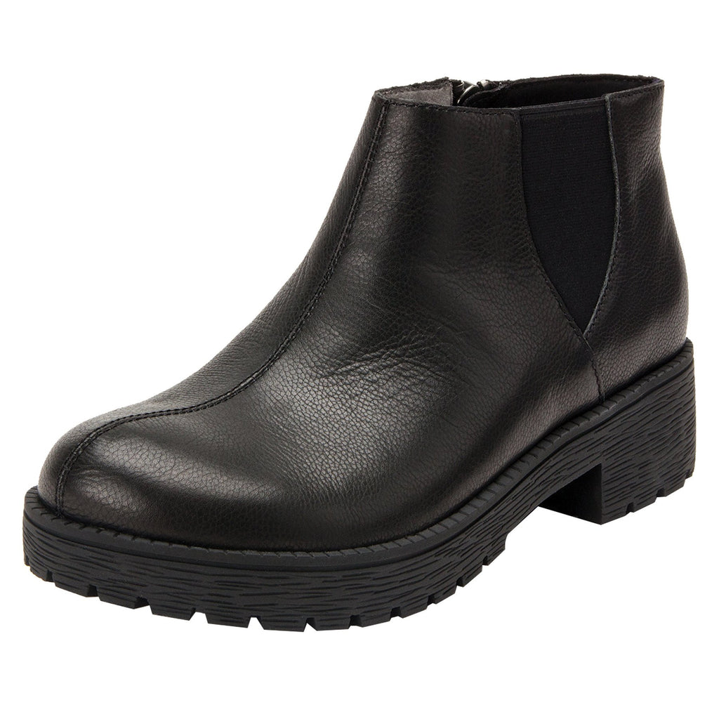 Shayne Black boot with rugged lug inspired outsole- SHA-601_S1  (4112943513654)