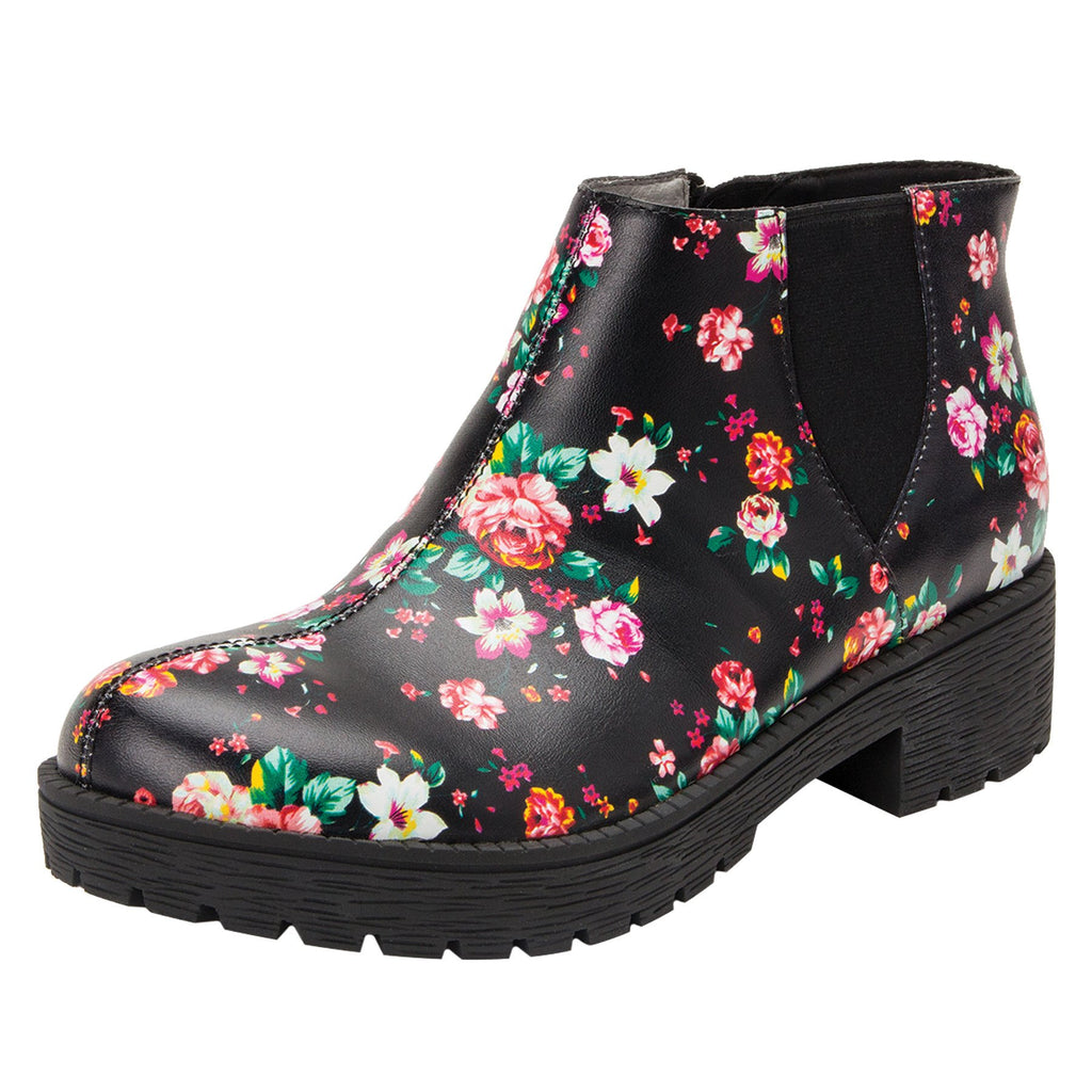 Shayne Blossom boot with rugged lug inspired outsole- SHA-911_S1