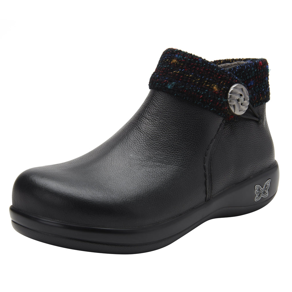Sitka Black Bootie on Career Casual with contrast knited collar and warm linings for cooler weather. SIT-7857_S1