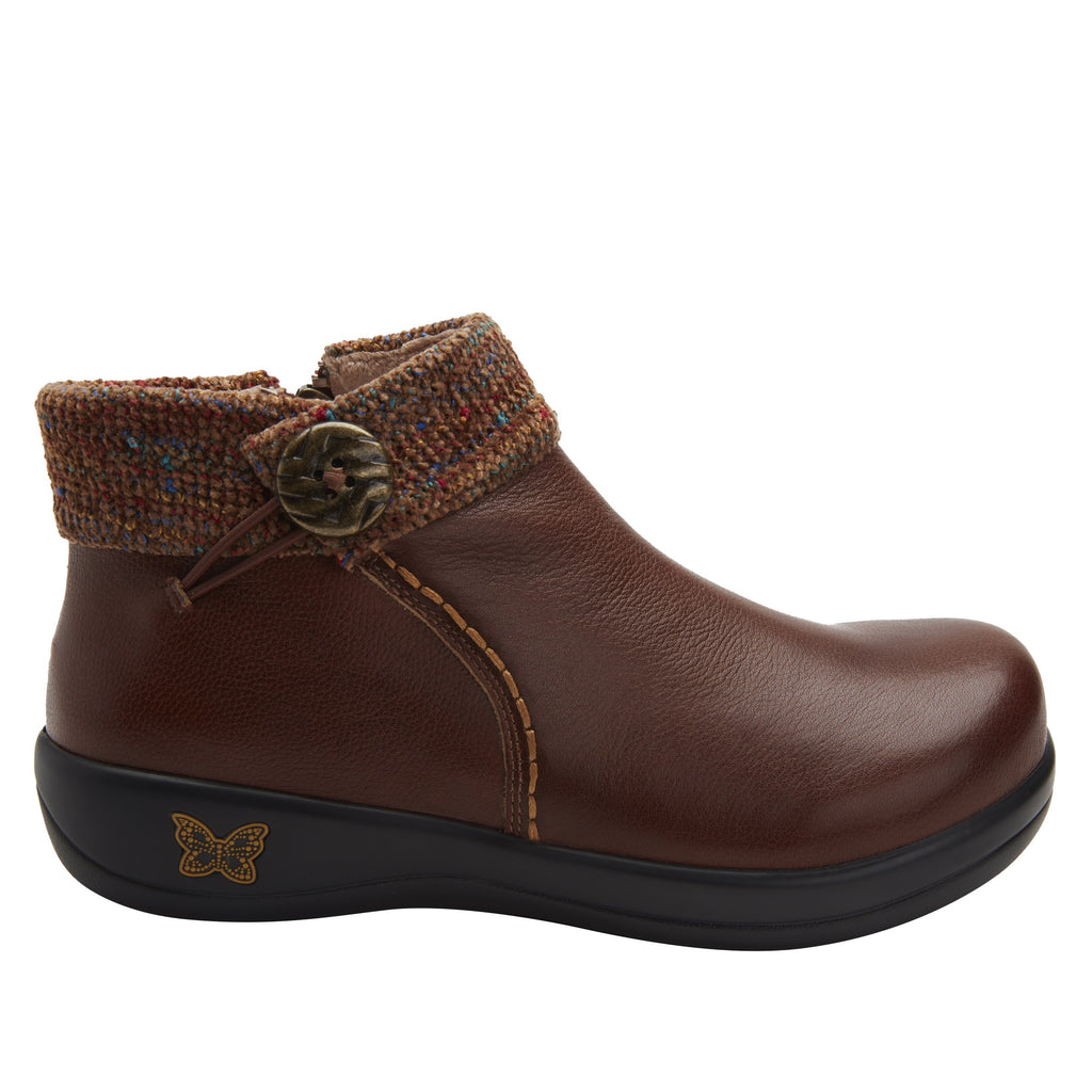 Sitka Brown Bootie on Career Casual with contrast knited collar and warm linings for cooler weather. SIT-7858_S2