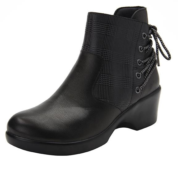 Stevee Plaidly Black features a stylish zig-zag adjustable Lace-up detail with a side zip closure and contrast leather at the ankle and boot shaft - STE-7926_S1