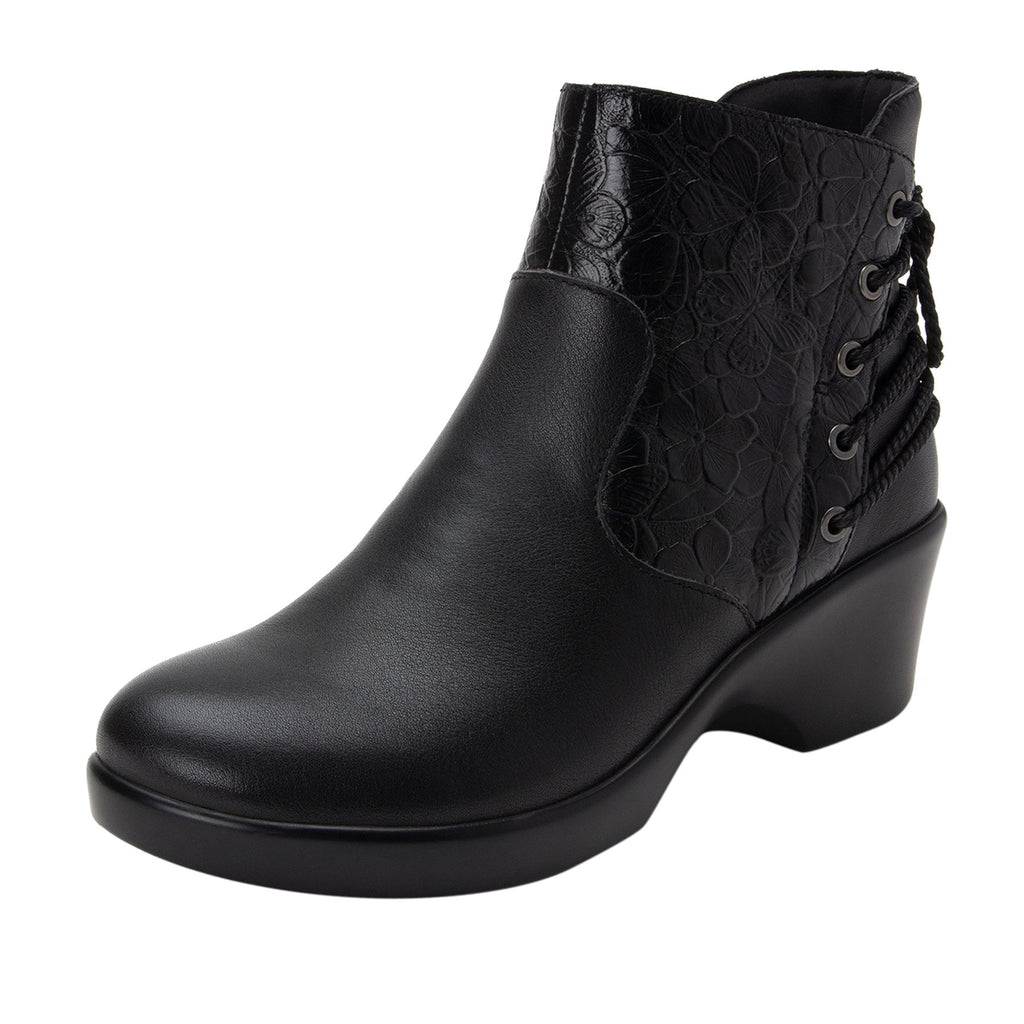 Stevee Cute Stuff Ink features a stylish zig-zag adjustable Lace-up detail with a side zip closure and contrast leather at the ankle and boot shaft - STE-795_S1