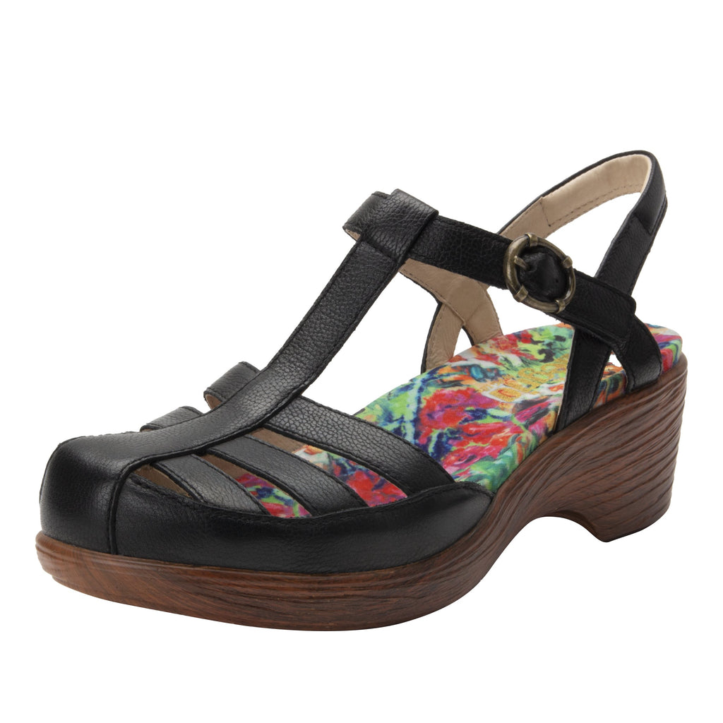 Summer Black t-strap shoe on a wood look wedge outsole - SUM-601_S1