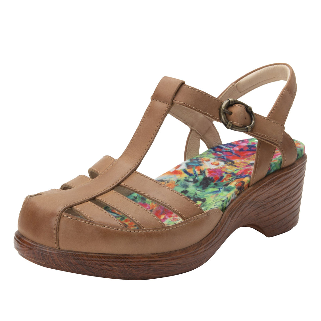 Summer Cognac t-strap shoe on a wood look wedge outsole - SUM-647_S1