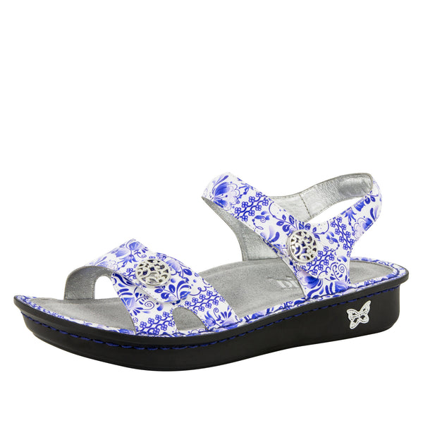 Vienna The Good China Sandal
