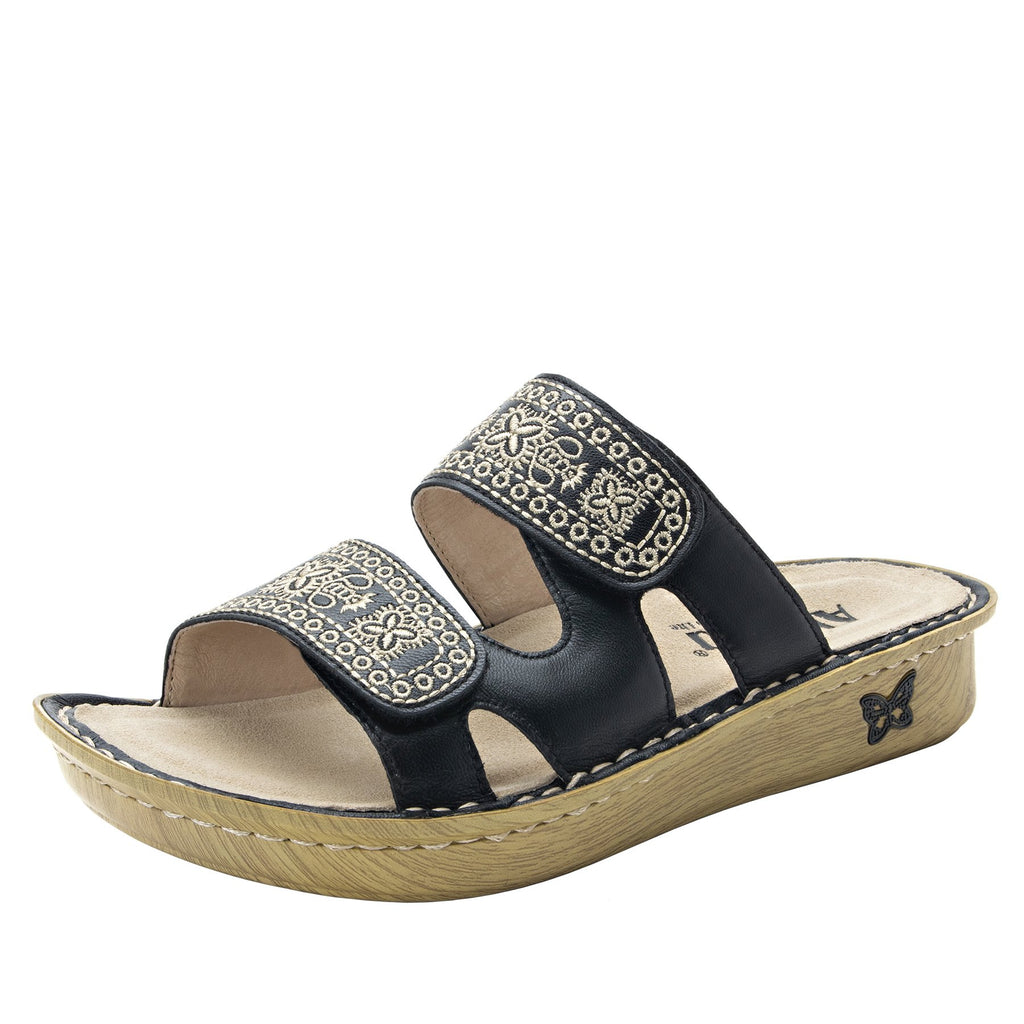 Violette Sew Cool Black slide sandal with cutout design on mini outsole - VIO-721_S1