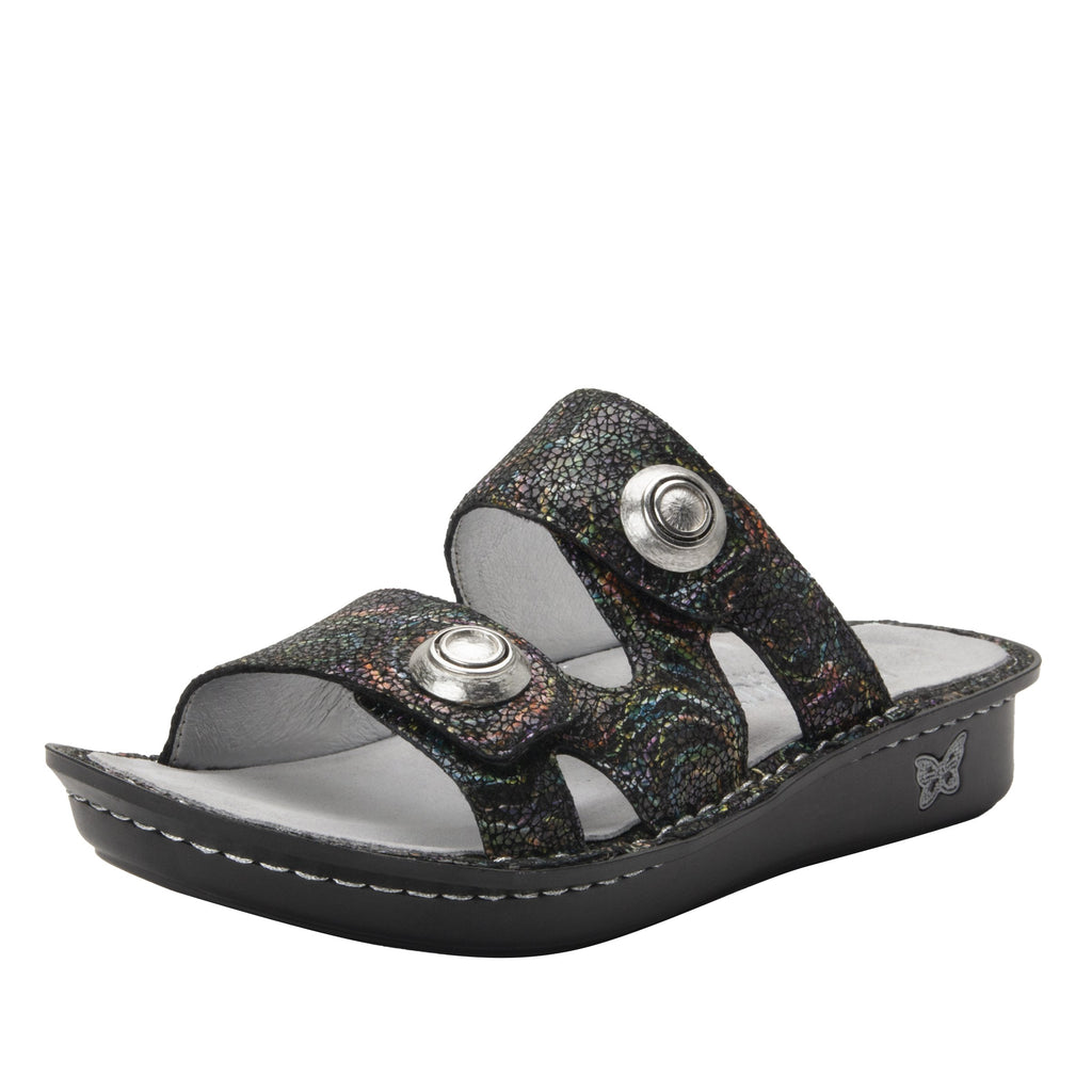 Violette Swirly Curly slide sandal with cutout design on mini outsole - VIO-7757_S1