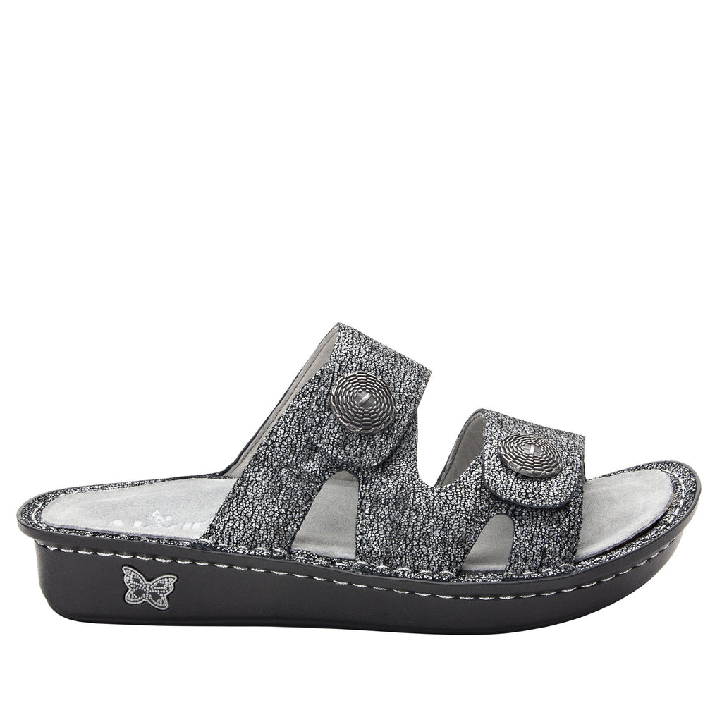 Violette Chirpy Pewter slide sandal with cutout design on mini outsole - VIO-900_S2